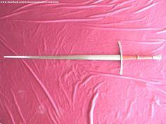 Espada de mano y media.