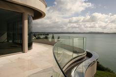 Curved glass deck railing and windows Glass Handrail, Novo Design, Deck Railings, Curved Glass, Deck Design, Windows, Building, Unique, Verandas