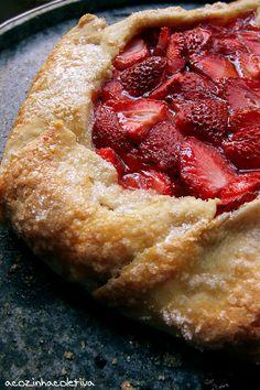 A Cozinha Coletiva: Torta Rústica de Morangos