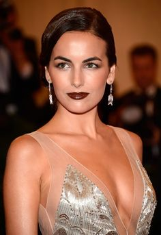 Alright, can we talk about Camilla Belle's makeup at the Met Gala? The look was created by Hung Vanngo for ck one color cosmetics. This look stood out to me because um, it's Camilla Be… Camilla Belle, Beauty Makeup, Hair Makeup, Hair Beauty, Eye Makeup, Beauty Secrets, Beauty Hacks, Beauty Trends, Dark Red Lips
