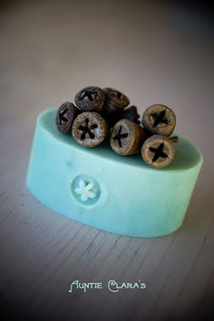 Using nature as stamps for your homemade soaps - or pottery! The question is where to find them here...