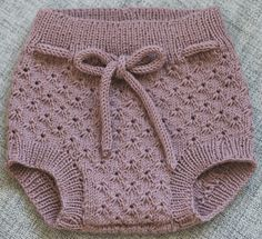 Knitted Baby Clothes, Knitted Romper, Baby Doll Clothes, Crochet Baby Dress Pattern, Crochet Baby Booties, Diaper Cover Pattern, Baby Pants, Knitting For Kids, Baby Sweaters