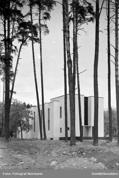 Arkitekt Rolf Prag, Hamar Krematorium, 1936 Snow, Plants, Outdoor, Prague, Outdoors, Plant, Outdoor Games, The Great Outdoors, Eyes