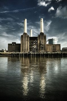 The Iconic Battersea Power Station prior to the NIne Ems redevelopment