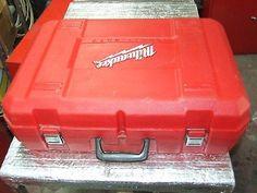 Milwaukee 6230 AC/DC Deep Cut Portable 2-Speed Band Saw