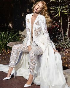 Long Sleeves Lace jumpsuit Wedding Dresses 2017 Two In One Detachable Train Plunging Neck Pearls Chiffon Overskirt Bridal Gowns
