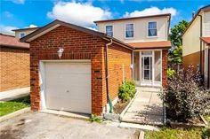 Property Sale, Toronto, Beds, Garage Doors, Outdoor Structures, Type, Outdoor Decor, Home Decor, Decoration Home