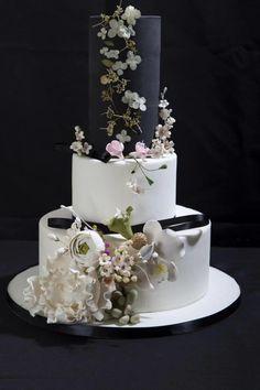 Black and white by Danijela Lilchickcupcakes