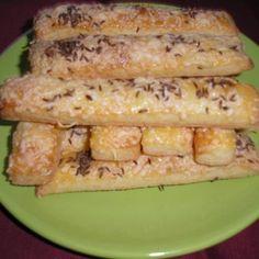 Sajtos-túrós stangli Recept képpel - Mindmegette.hu - Receptek Zucchini, Vegetables, Cooking, Food, Kitchen, Essen, Vegetable Recipes, Meals, Yemek
