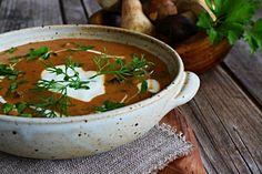 V kuchyni vždy otevřeno ...: Maďarská houbová polévka Thai Red Curry, Food And Drink, Soup, Treats, Ethnic Recipes, Fine Dining, Sweet Like Candy, Goodies, Soups