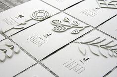 Un calendrier proposé par @deniselaborde à l'occasion du #ddkb #decemberdaily #kesiart #scrapbooking #blanc