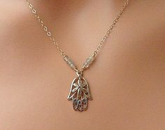 Dainty Hamsa Hand Gold filled Necklace, Minimalistic Necklace, Reiki, Protection Necklace, Gold Hamsa hand,Yoga jewelry, Labradorite