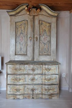 French Country Living Antiques, UK, France