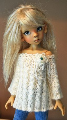 .pretty doll.....name ?