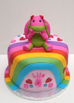 Lila's Lettie rainbow cake with fondant 2nd Birthday, Birthday Parties, Birthday Ideas, Birthday Cakes, Fondant Cakes, Cupcake Cakes, Cupcakes, Gorgeous Cakes, Sugar Art