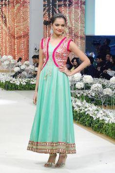 koti style dress design for bridesmaid