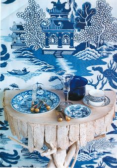 Chinoiserie Chic: Blue and White Nanjing wallpaper by Schumacher