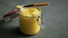 Přepuštěné máslo pochází z Indie, kde je součástí ajurvédské medicíny. Paleo, Keto, What To Cook, Ham, Good Food, Honey, Appetizers, Low Carb, Butter