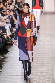 Tory Burch Fall Winter 2016 via  AOL Lifestyle Read more  http    a3468df5654d8