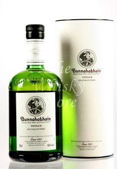 Bunnahabhain Toiteach peated Isle of Islay Argyll Bourbon Whiskey, Scotch Whisky, Isle Of Islay, Single Malt Whisky, Bottle Art, Distillery, Cigar, Vodka Bottle, Drinks