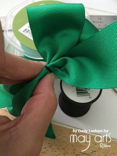 How To Make A Bow - Wholesale Ribbon - May Arts RIbbon Learn how to make a beautiful bow using online ribbon from May Arts Ribbon! Fabric Bow Tutorial, Hair Bow Tutorial, Diy Ribbon, Ribbon Bows, Ribbons, Ribbon Crafts, Minnie Mouse Fabric, Mickey Mouse, Diy Crafts Love