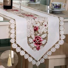 Pastoral Flower Table Runner Tablecloth Desk Cover With Tassel Wedding Festival Decor Table Runners, Desk Cover, Table Flag, Festival Wedding, Table Flowers, Modern Table, Lace Fabric, Floral Fabric, Dekoration