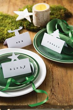 Why not make these super simple place cards for your Christmas table, they're sure to impress your guests!