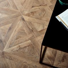 The Amtico Design team reworked a classic parquet to bring you a contemporary, geometric pattern - 'French Weave'. Amtico Flooring Kitchen, Parquet Flooring, Hardwood Floors, Luxury Vinyl Tile, Vinyl Tiles, Carpet Stairs, Bedroom Flooring, Floor Design, Home Projects