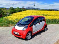 [Mitsubishi i-MiEV] Für das Modelljahr 2012 hat Mitsubishi seinen Elektro-Kleinwagen i-MiEV aufgewertet und im Preis gesenkt. Unser Test zeigt, wie alltagstauglich der i-MiEV ist. #mitsubishi #i-MiEV #elektroauto
