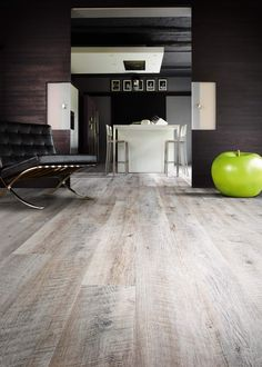 Castle Oak 55935 - Wood Effect Luxury Vinyl Flooring - Moduleo                                                                                                                                                                                 More