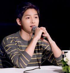 Song Joong Ki Says Goodbye to Captain Yoo Shi Jin at Post-drama Press Conference for Descendants of the Sun | A Koala's Playground