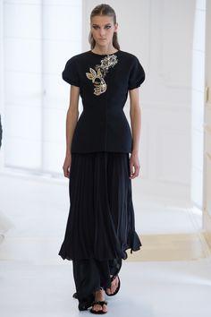 Christian Dior Fall 2016 Couture Fashion Show - Phillipa Hemphrey (OUI)