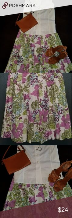 Spring/Summer Skirt CUTENESS!! Flower-patterned, full skirt is lined and perfect for almost any occassion!! Skirts A-Line or Full