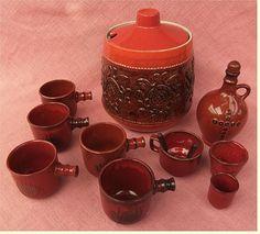 http://www.ebay.de/itm/Feuerzangenbowle-Set-6-Liter-Topf-Rumkaraffe-Traumfeuer-Tassen-Becher-/111646742698?pt=LH_DefaultDomain_77