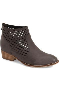 Seychelles 'Waypoint' Laser Cut Back Zip Ankle Bootie leather slate, black, tan 4sh 1.5h sz7.5 149.95 3/16