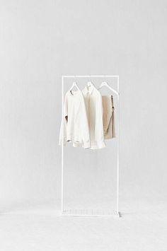 Ein Bild, eine Saison! Garderoben hier entdecken und shoppen: http://sturbock.me/77Q