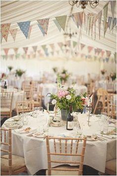 35 Beautiful Wedding Bunting Ideas for your Big Day Chic Wedding, Wedding Table, Perfect Wedding, Our Wedding, Dream Wedding, Garden Party Wedding, Wedding Dinner, Wedding Details, Wedding Themes