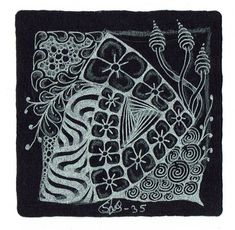 Zwarte tiles - Tangle Studio Stefanie
