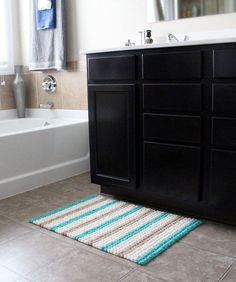 Bobble Scrubby Bath Mat