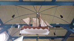 Model van het kofschip 'De Jonge Koopman' in de Laurenskerk te Kolhorn. Gebouwd in 1782 door K.J. Koopman. Foto André Groeneveld (2016)
