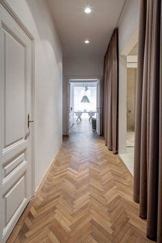 Home Interior Design, Interior Architecture, Hallway Flooring, Apartment Renovation, Apartment Makeover, Classic House, Home Deco, New Homes, House Design