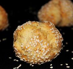Egy finom Sajtos-sós pöffeteg ebédre vagy vacsorára? Sajtos-sós pöffeteg Receptek a Mindmegette.hu Recept gyűjteményében! Baked Potato, Muffin, Potatoes, Bread, Baking, Breakfast, Ethnic Recipes, Food, Xmas