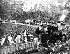 Febrero de 1939. Republicanos españoles huyen de las tropas fascistas del general Franco