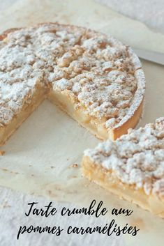 Caramelized apple or pear crumble pie - Dessert Recipes French Desserts, Just Desserts, Delicious Desserts, Yummy Food, Desserts Nutella, French Recipes, Sweet Pie, Sweet Tarts, Pie Dessert