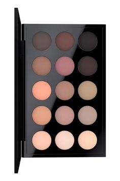 This gorgeous palette by M·A·C is an exclusive combination of beloved and new matte shades featuring soft, sheer neutrals mixed with deep, rich browns. It's sure to become the go-to beauty product everyday.