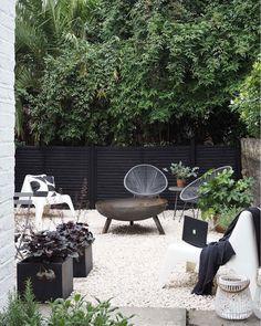 my scandinavian home: Cate St Hill's Scandinavian Inspired London Oasis – Garden Ideas – Garden Design Garden Makeover, Backyard Makeover, Garden Furniture, Outdoor Furniture Sets, Outdoor Decor, Antique Furniture, Modern Furniture, Inexpensive Furniture, Cheap Furniture
