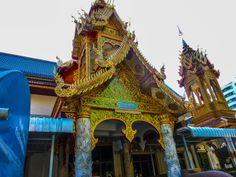 Beauriful roof in Wat Chainonhkon Chiangmai
