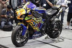 heavy bikes custom yamaha r1