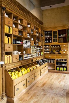 Store displays ideas make your happy selling 87 store interiors, shop fronts, food design Country Store Display, Country Shop, Country Life, Deco Restaurant, Restaurant Design, Tante Emma Laden, Design Ikea, Design Food, Farm Store