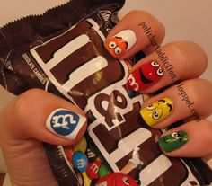 these M nail arts are adorable! loving them